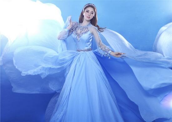 蓝色水墨婚纱人物素材