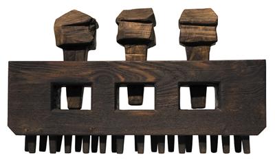 傅中望将榫卯结构的概念引入自己的现代雕塑