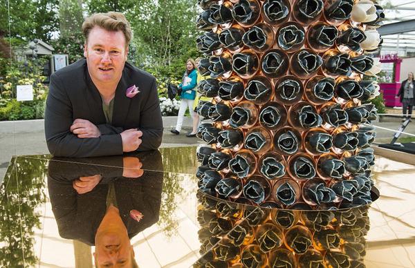 设计伦敦塔罂粟展览的保罗·卡明斯