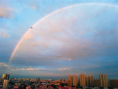 雨后彩虹刷爆微博|雷阵雨|南苑