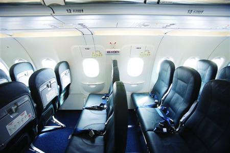 压缩厨房面积空客a320挤出6个座位图片