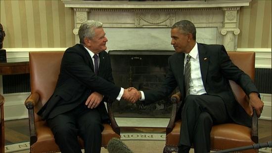 当地时间10月7日,美国总统奥巴马在白宫会晤德国总统高克。