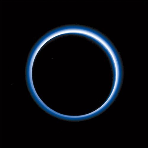 美国太空总署(NASA)日前公布最新的冥王星影像。