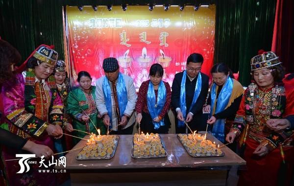 千灯节,千佛灯节,是新疆卫拉特蒙古族的传统节日图片