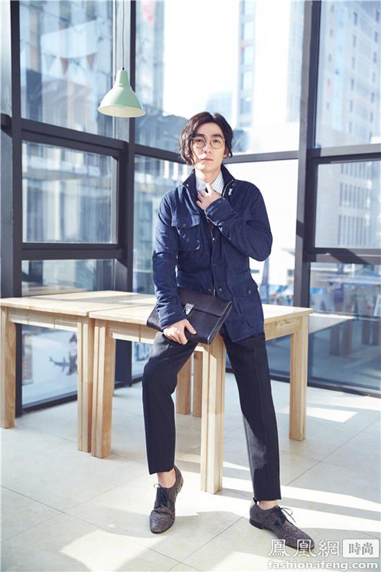 朱一龙杂志封面大片 长发造型尽显文艺范儿