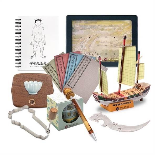 台北故宫推出 航海冒险包 深受动漫迷喜爱 手工