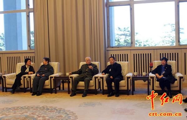 李讷携家人来毛主席纪念堂深情怀念毛主席(组图) - 风帆页页 - 风帆页页博客
