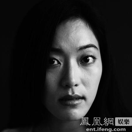 《安提戈涅》滚动图片;; 资料介绍:话剧《安提戈涅》-演员张培