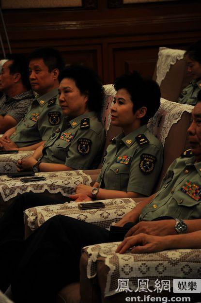 早在一年前,总政歌舞团就为举办好这次中国剧院演出季活动进行了