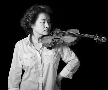 """""""小提琴女王""""郑京和复出 依旧一唱三叹"""