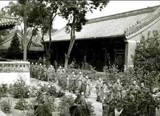 忆往昔:50年代左右的中国佛学院