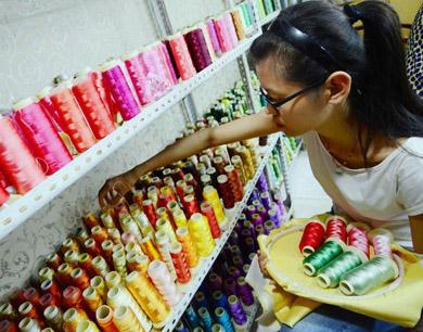 女大学生传承老手艺 打造鲁绣经济