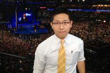 张经义:奥巴马个人魅力强大 唤起美民众4年前感动