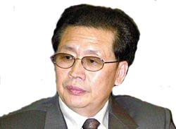 朴健一:金正恩先后整顿军队党内 还将巩固权力