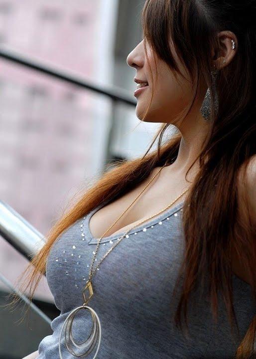 街拍日本美女巨乳图!感受岛国女性文化氛围 高