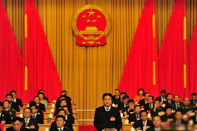 海南省委书记、省人大常委会主任罗保铭主持大会开幕式。