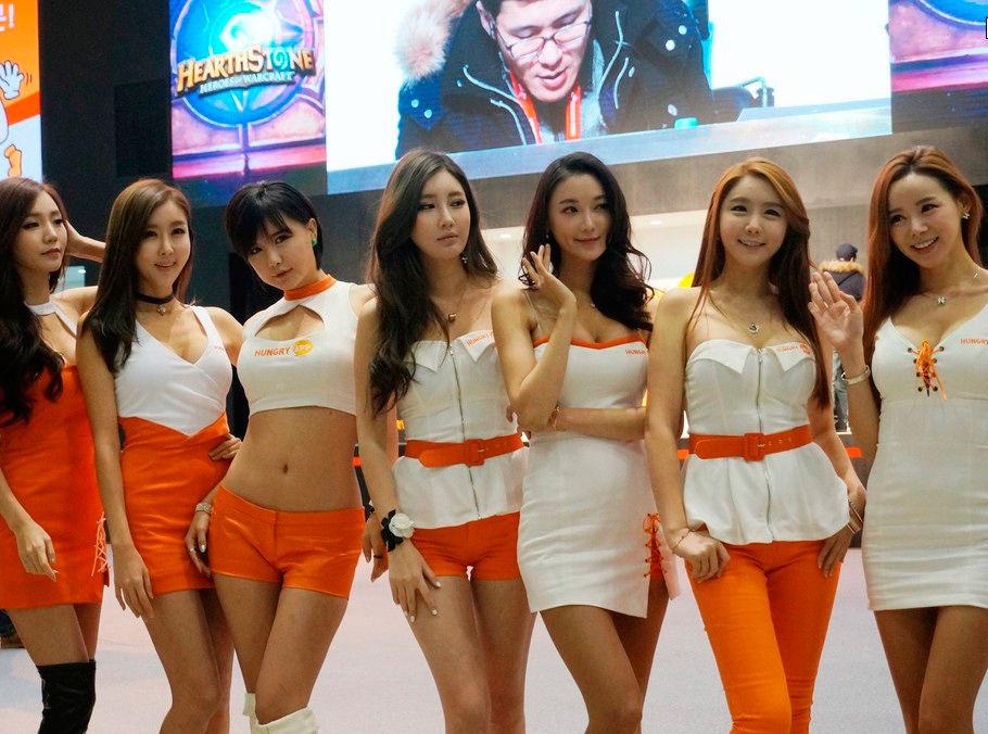 实拍韩国游戏展showgirl