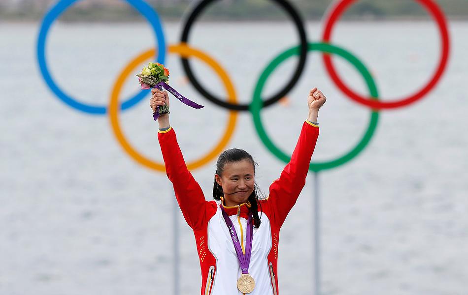 北京时间2012年8月6日,伦敦奥运会女子激光镭迪尔级决赛展开争夺。中国选手徐莉佳夺金。