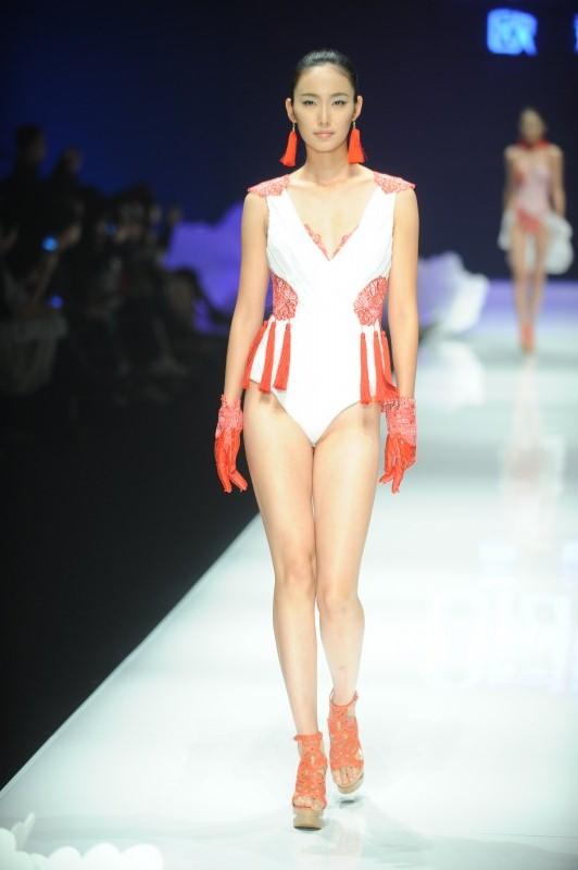 欧迪芬杯·2012中国内衣设计大赛 中国时尚最绿曲线