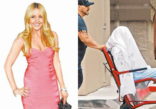 足球尤物阿曼达纵火自残被绑轮椅送精神病院