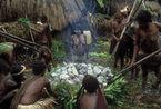 印尼土著巴布亚人原始生活