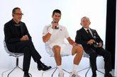 """2012年5月23日,法国巴黎,UNIQLO今天宣布任命世界排名第一的男子职业网球运动员德约科维奇(Novak Djokovic)成为UNIQLO全球品牌大使。于未来五年,德约将会向世界各地推广UNIQLO品牌及其服饰,双方更将合作研究服装系列,以及共同开发功能性服装。德约科维奇将于今年5月27日开始举行的法国网球公开赛(Roland-Garros French Open Tennis Tournament)中,向巴黎以及全球的电视观众首次展示由UNIQLO为他设计的全新比赛服装,率先预览双方共同合作研究的服装系列。领导全球的日本零售企业迅销集团会长兼社长柳井正表示:""""我们非常高兴能够得到德约科维奇成为UNIQLO全球品牌大使。我们将利用最创新的布料及科技来研发比赛服装,促进如Novak般深受全球欢迎及尊敬的运动员的表现。与此同时,UNIQLO将以最新的布料及科技,与Novak合作共同开发功能性服装,让全世界的每一个人都能够穿着及享受。""""柳井正又表示:""""UNIQLO与Novak有一个共同愿望,希望改善大家的生活,并为社会作出贡献。除了创造拥有独特价值的优质服装外,迅销集团一直以独有的企业活动来丰富人们生活为使命,并促进我们公司与社会之间的融洽。我们期待与Novak合作,于世界各地推动一系列的企业社会责任计划。""""德约科维奇说:""""能够成为UNIQLO全球品牌大使,我感到荣幸及兴奋。UNIQLO是一个于日本根深蒂固的流行品牌,而我亦十分欣赏日本的文化与生活方式。Be Unique是我的个人哲学理念,代表我对不断提升自己充满热情、干劲和渴望。我热切期望能够成为最好的网球运动员,以及最优秀的人。我一直渴望能够帮助别人,特别是没我那么幸运的儿童。""""德约科维奇续说:""""我觉得我与UNIQLO有一个十分自然的联系。对我来说,UNIQLO提供的不是一种快速时尚,亦不是运动服装,而是最终极的功能性服装,亦是我作为一个运动员和一个活跃个体所需要的。我期待与UNIQLO在开发新产品上的合作,并以此加深对UNIQLO全球大家庭的了解。""""今天除了宣布UNIQLO与Novak Djokovic的全新合作关系外,UNIQLO亦同时确实将推出一款特别设计的慈善UT(UNIQLO印花T恤)于指定的UNIQLO店铺及網上商店發售,作为此次合作关系的首个企业社会责任活动。发售此UT所获的收益将捐赠至Novak Djokovic Foundation,以资助不同的儿童活动。关于此慈善UT的设计,销售时间及地点将于稍后公布。"""