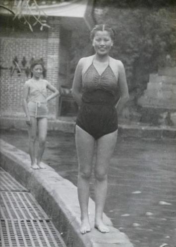 难得一见的民国范儿:民国淑媛泳装照