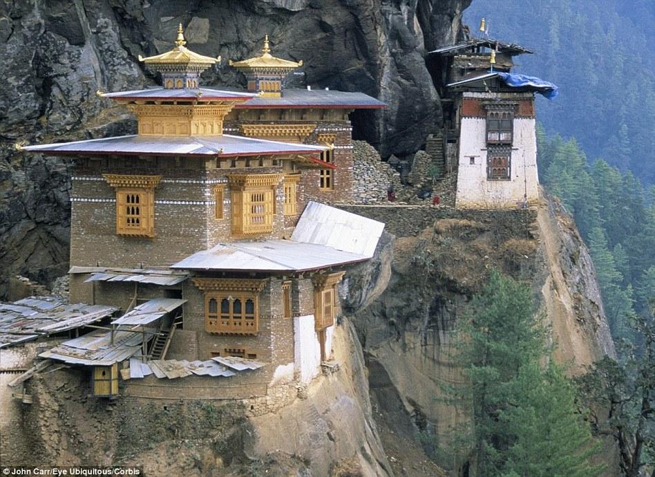 盘点全球绝壁逢生的寺庙建筑   - 小雪 - 小雪