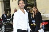 如果说近年来最被时尚圈关注的发布,一定非刚刚结束不久的Dior 2012秋冬高级定制秀了。不但有明星助阵,一众时尚大咖的到场也让这场秀变得话题十足!设计师Marc Jacobs、Diane von Furstenberg、Donatella Versace、Elber Albaz等,绝对难得一见的场景。图为:Marc Jacobs