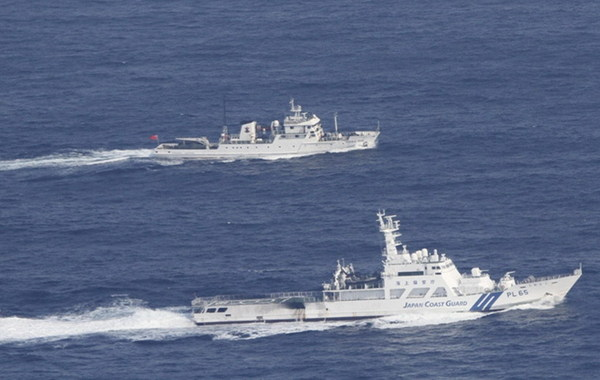 """2012年9月18日上午,经过日本海上保安厅巡逻船确认,中国渔政船""""渔政35001""""北京时间18日上午5时50左右进入钓鱼岛海域,在钓鱼岛西北偏北43公里处海域巡航护渔,7点30分左右…"""