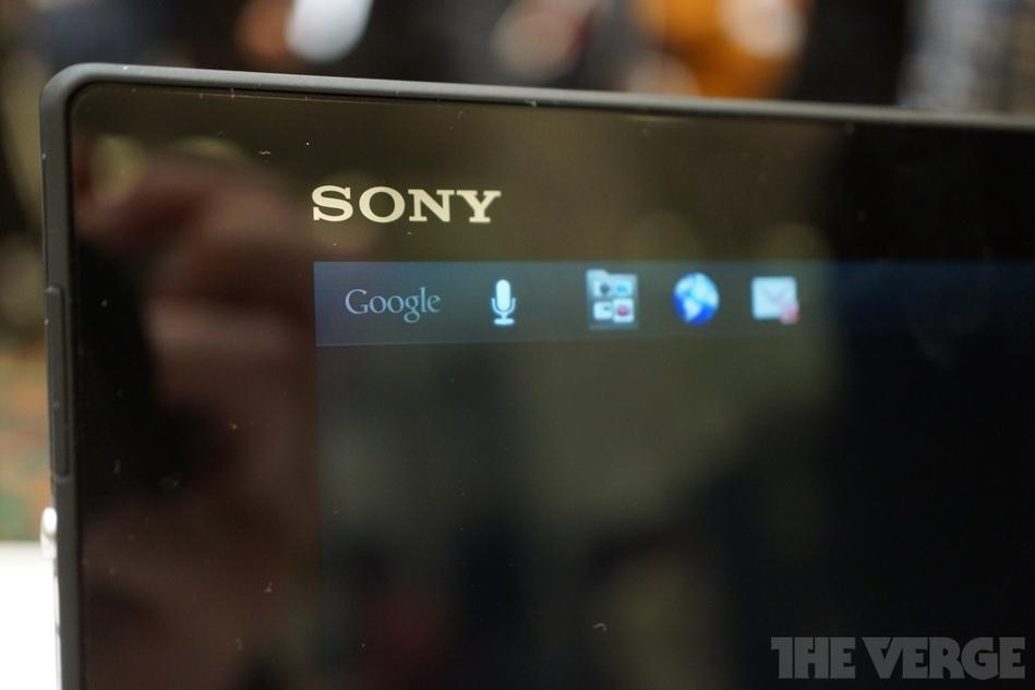 2013 ces刚刚结束不久索尼又发布了一款10寸四核超薄平板...