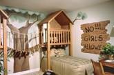 """小女孩都梦想可以住在童话世界,""""粉嫩可爱""""就成了提到儿童房设计时最先联想到的词汇。但无论如何,绝不能因此就忽视了男孩房的设计。鲜艳活泼的色彩、充满想象力的设计,当你看到这些精彩的男孩房设计时,你就不愿错过给孩子营造有趣居室的机会了。(实习编辑张怡)"""