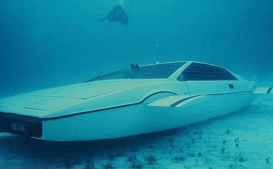 美国特拉斯斥资6000万研究水下汽车高清图片
