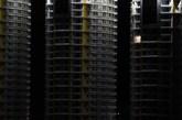 2013年9月25日晚,山东乳山,一些小区亮灯的楼屈指可数。 (实习编辑:容少晖)