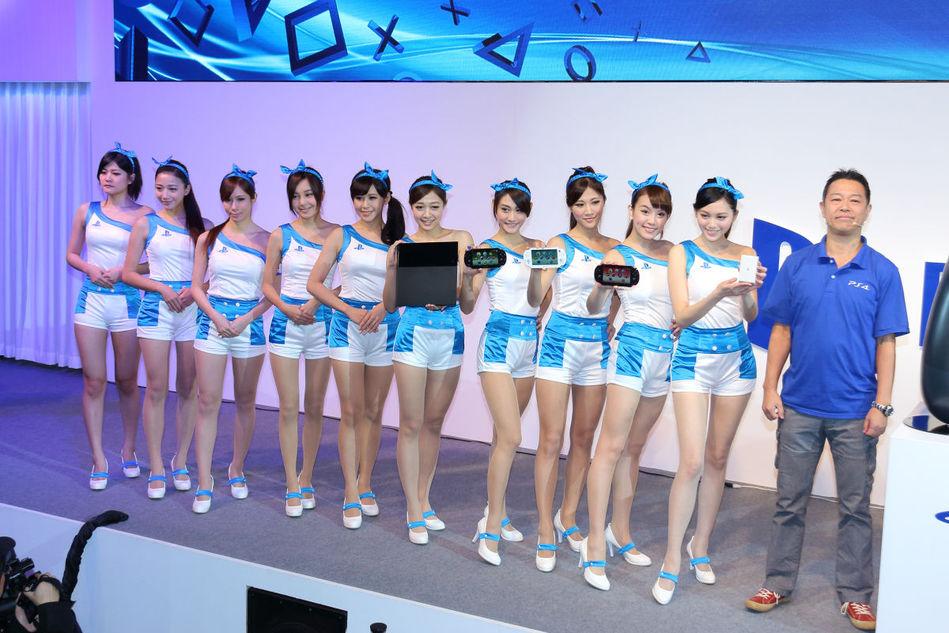 ...电脑娱乐(scet)在本次展会中设置上百台游戏试玩机展出包括...