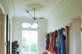 来自苏格兰的 Donna Wilson 毕业于位于伦敦的英国皇家艺术学院,而这位苏格兰女孩的毕业作品更是广受好评,让她在毕业后就随即创立了同名品牌 Donna Wilson。擅长羊毛织品设计的 Donna Wilson,坚持选用英国在地媒材和英国製造,将来自苏格兰 100%  的羔羊毛藉由自己的手作织品,将她心中满满的温暖与手作精神散播到世界各地,并期望当大家看到这些高品质且充满童趣的作品时,脸上能立即露出快乐的微笑。(实习编辑:温存)