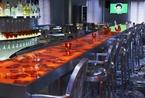 揉合东洋风味与法式古典建筑的时尚餐厅: KONG