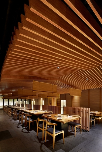 古鲁奇公司设计作品:日本鹤一烧肉北京店