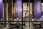 响海餐厅:渔网屏风与斜纹木板流畅空间变化