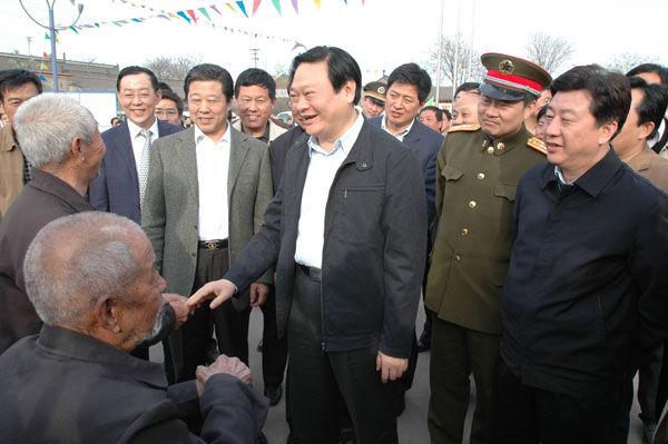 一组关于于幼军的图片-中国学网-中国IT综合门