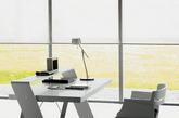 如果你有条件或者机会自己选择定制自己的电脑办公桌,你会有什么创意的想法呢?今天收集分享:18个创意的电脑办公桌设计,希望其中有你喜欢和需要的,或者可以给你带来灵感的。(实习编辑:周芝)