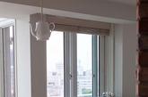 人们常常把隔壁的咖啡馆当做第二个家,它可以是会议室,第二个办公室,是个放松的好去处。对 Nobuka Yuba而言,咖啡馆就在她的客厅。Nobuka是一名独立设计师,她的作品常常会表现咖啡。这个日本横滨的家里满是她和丈夫龙二的灵感。在施工前,他们已经设计好公寓的平面图,Nobuka 尽可能让新家有着咖啡馆的所有舒适和一种咖啡文化,比如这些咖啡收藏杯,咖啡桌,甚至一个瓷质茶壶形状的灯具。美妙的自然光线加上横滨海岸线的美景,一定让你不愿离开。(实习编辑:周芝)