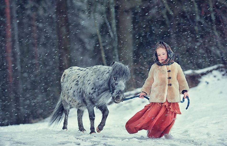 摄影师镜头下的孩子和动物