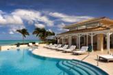 第三名则是位于西印度群岛的300英亩大私人渡假岛----Jumby Bay渡假村。Jumby Bay度假村,毗邻加勒比海,拥有面积达1.8万平方英尺的海滨沙滩,是全球第三大奢华酒店 。(实习编辑:谭婉仪)