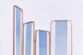 9.如湖水倾泻的《竹·染》屏风 这组屏风乍看之下像是竹筐内的湖水倾泻而下。它的名字叫做《竹·染》,将中国传统印染技艺「靛蓝染色」运用到织法特殊的真丝杭罗中,效果让人如临仙境。