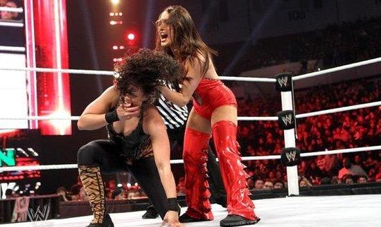美国拉斯维加斯,2月14日,WWE展开新一期RAW show,情人节使得图片