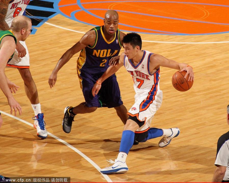北京时间2月18日,NBA常规赛继续进行,尼克斯主场85-89不敌黄蜂,七连胜遭终结。林书豪本场比赛出战39分钟,18投8中、10罚8中、砍下26分、5次助攻、4次抢断,但9次失误则创下了生涯新高,也是本赛季所有球员的最高失误纪录。