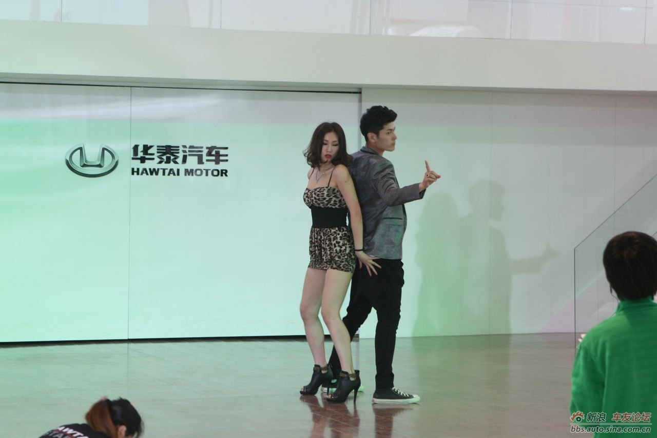 中外美女帅哥火辣劲爆舞蹈惊艳全场
