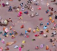 荷兰艺术家用鸟瞰图展示人类生活
