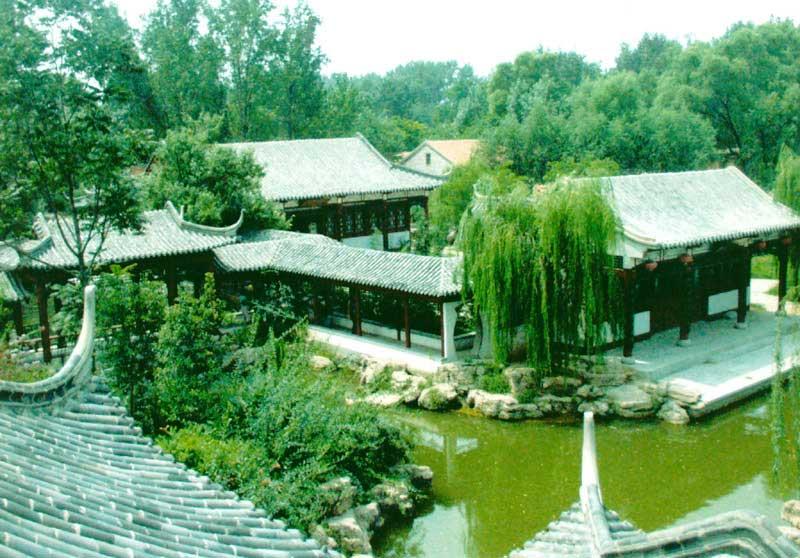 聊城市姜堤乐园 透染文化气息的游乐园
